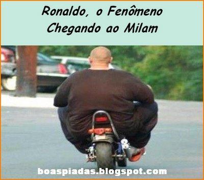 Imagens engraçadas... Não há palavras. Ronaldo-fenomeno-chegando-milam-engracada
